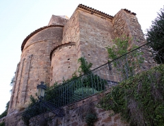 Eglise  et tour attenante - English: Saint Raphael (Var, France), the medieval tower