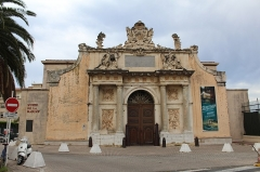 Musée de la Marine - Français:   Porte principale de l\'Arsenal, Musée de la Marine, Toulon.