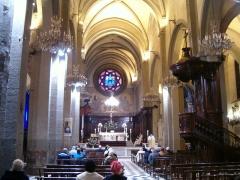 Cathédrale Sainte-Marie-de-la-Seds -  Nef de la Cathédrale de Toulon. Décembre 2006.