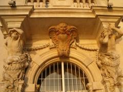Ancien Hôtel de ville, actuellement office de tourisme -  Atlantes de Pierre Puget, Toulon, France