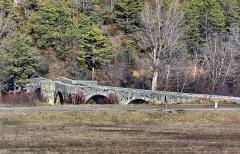 Pont franchissant l'Artuby - Français:   pont de la Souche \'XVIIe) à Comps sur Artuby