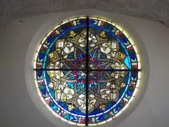 Eglise - Français:   vitrail à Aubignan
