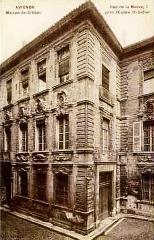 Hôtel Crillon - Hôtel des ducs de Crillon ancienne livrée cardinaliced'Avignon
