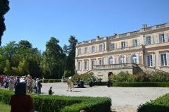 Château du Martinet - Français:   Animation de visite du monument par une troupe de théatre