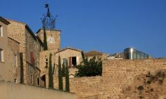 Village dit le Vialle -  the village of Grillon, Vaucluse, France