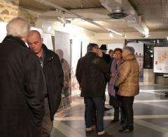 Village dit le Vialle - Exposition les vins des papes d'Avignon à Grillon dans la maison Milon