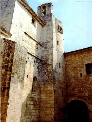 Ancienne abbaye Saint-Hilaire - Clocher et pigeonnier