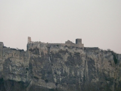 Château (restes du) -  Rhone river_Mornas castle_view from Rhone river_17 Feb 2012_Increased view