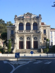 Théâtre municipal -  This file has no description, and may be lacking other information.  Please provide a meaningful description of this file.