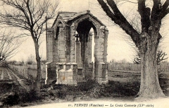Croix couverte ou croix de Boët - Français:   Croix Couverte de Pernes