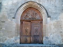 Eglise paroissiale Notre-Dame-de-Pitié - Français:   portail de Saignon, Vaucluse, France