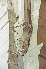 Eglise paroissiale Notre-Dame et Saint-Pierre - Deutsch: N-D et St-Christophe de St-Christol, Kapitell Kreuzrippengewölbe