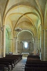Eglise paroissiale Notre-Dame et Saint-Pierre - Deutsch: N-D et St-Christophe de St-Christol, Hauptschiff zum Chor