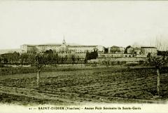 Etablissement conventuel  dit Sainte-Garde-des-Champs - Français:   Saint-Didier Séminaire de Sainte-Garde