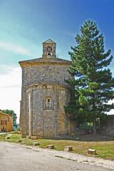 Eglise paroissiale de la Trinité - Deutsch: St-Trinit, Chorjoch mit Ansis von Osten