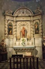 Eglise Notre-Dame de Romégas -  Autel dans l'église Notre-Dame-de-Roumegas à la Tour d'Aigues