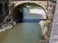 Pont romain -  Vaison-la-Romaine: römische Brücke