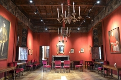 Hôtel de Simiane - Salle des mariages de la mairie de Valréas, Château de Simiane