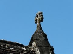 Chapelle Saint-Rémy d'Auriac - Français:   Croix de la chapelle Saint-Rémy, Auriac-du-Périgord, Dordogne, France.