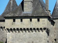 Château de Badefols-d'Ans - Français:   Mâchicoulis du château de Badefols-d\'Ans, Dordogne, France