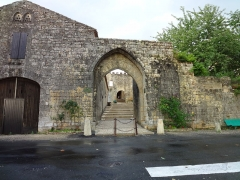 Porte de Luzier -       This file was uploaded  with Commonist.