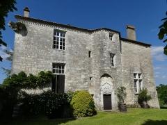 Presbytère - Français:   Le château (ancien presbytère) de Bouniagues, Dordogne, France.