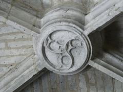 Ancienne église Notre-Dame - Français:   Clé de voûte de la nef de l\'ancienne église Notre-Dame, Brantôme, Dordogne, France