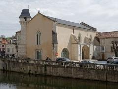Ancienne église Notre-Dame - Français:   Ancienne église Notre-Dame de Brantôme, actuel office de tourisme intercommunal.