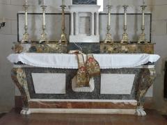 Eglise Notre-Dame de l'Assomption - Français:   L\'autel de l\'église Notre-Dame de l\'Assomption de Cause, Cause-de-Clérans, Dordogne, France.