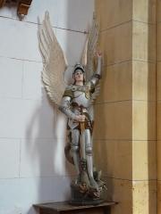 Eglise Notre-Dame de l'Assomption - Français:   Statue représentant saint Michel, église Notre-Dame de l\'Assomption de Cause, Cause-de-Clérans, Dordogne, France.