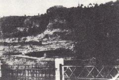 Abri de Cro-Magnon - English:   Cro-Magnon rock shelter, the famous fossil site. Photographed by professor Émile Cartailhac (1845 – 1921), a famous French prehistorian.
