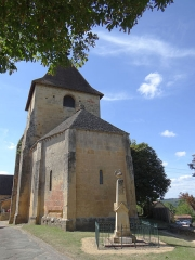 Eglise Saint-Martin de Sireuil - Français:   Église Saint-Pierre de Sireuil - Chevet