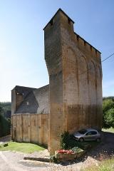 Eglise Saint-Martin de Tayac - English: Church-Fortress of Tayac, Les Eyzies-de-Tayac-Sireuil, Dordogne, France.