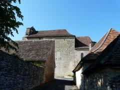 Eglise de la Décollation de Saint-Jean-Baptiste - Français:   Le côté sud de l\'église, Fanlac, Dordogne, France.
