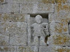 Eglise de la Décollation de Saint-Jean-Baptiste - Français:   Sculpture sur le mur extérieur nord de l\'église de Fanlac, Dordogne, France.