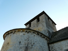 Eglise Saint-Martin - Français:   Le clocher de l\'église Saint-Martin vu du nord-est, Limeuil, Dordogne, France.
