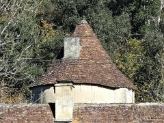 Manoir de Roucaudou - Français:   Le toit de la tour d\'escalier, manoir de Roucaudou, Manaurie, Dordogne, France.