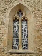 Eglise Notre-Dame de la Nativité - Français:   Baie de l\'église Notre-Dame-de-la-Nativité, Pressignac-Vicq, Dordogne, France.