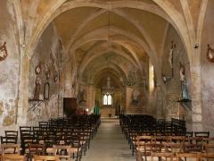 Eglise Notre-Dame de la Nativité - Français:   La nef de l\'église Notre-Dame-de-la-Nativité, Pressignac-Vicq, Dordogne, France.