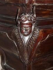 Eglise Saint-Pierre de Faye - Français:   Angelot sculpté à l\'angle de l\'autel, église Saint-Pierre de Faye, Ribérac, Dordogne, France.