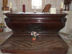 Eglise Saint-Pierre de Faye - Français:   L\'autel de l\'église Saint-Pierre de Faye, Ribérac, Dordogne, France.