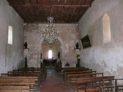 Eglise Saint-Pierre de Faye - Français:   La nef de l\'église Saint-Pierre de Faye, Ribérac, Dordogne, France.
