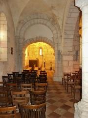 Eglise Sainte-Eulalie - Français:   Le bas-côté nord de l\'église de Saint-Aulaye, Saint Aulaye-Puymangou, Dordogne, France.