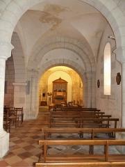 Eglise Sainte-Eulalie - Français:   Le bas-côté sud de l\'église de Saint-Aulaye, Saint Aulaye-Puymangou, Dordogne, France.