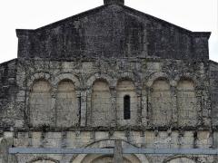 Eglise Sainte-Eulalie - Français:   La façade occidentale de l\'église de Saint-Aulaye, Saint Aulaye-Puymangou, Dordogne, France.