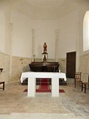 Eglise Sainte-Innocente - Français:   Le chœur de l\'église, Sainte-Innocence, Dordogne, France.