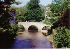 Vieux Pont - English: Bridge at Saint-Jean-de-Côle near Brantôme, Dordogne, France.