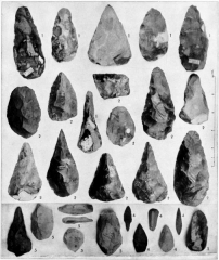 Gisement préhistorique du Moustier - English: Paleolithic Period. 1. French Drift 2. English Drift. 3. French transition (Le Moustier). 4. French Cave Period. 5. English Cave Period.  Illustration from 1911 Encyclopædia Britannica, article Archaeology.