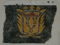 Eglise Saint-Ours - Français:   Armoiries de la famille de Hautefort peintes dans l\'église Saint-Ours, Sainte-Orse, Dordogne, France.