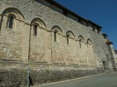 Eglise Saint-Privat - English: church of Saint-Privat-des-Prés, Dordogne, SW France